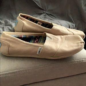 Toms beige shoes